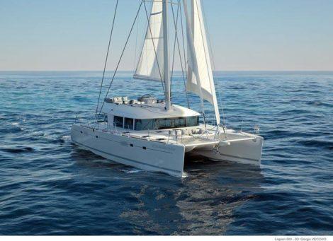 Lagoon 560 Katamaran segel in Ibiza