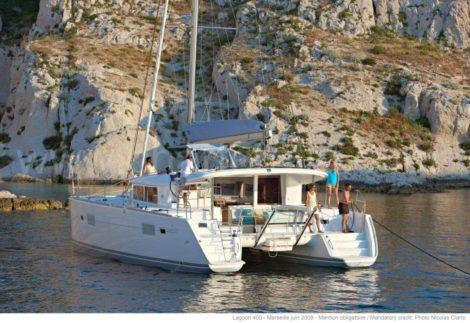 Neuer Lagoon 400 S2 zum mieten in Ibiza