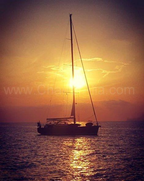 Segelboot-Bavaria-46-Sonnenuntergang-Ibiza