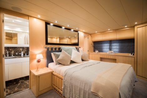 Leopard 90 Yachtcharter Ibiza Doppelkabine