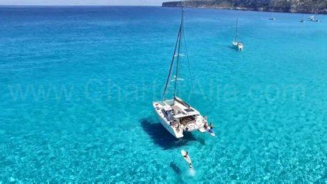 Katamaran der Lagoon 400 in Formentera