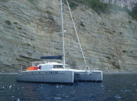 skippered catamaran hire ibiza