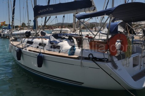 Sailing boat Dufour Grand Large 365 in Ibiza