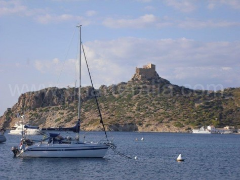 Sailing boat in Cabrera