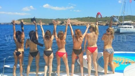 topless despedida soltera ibiza barco alquiler