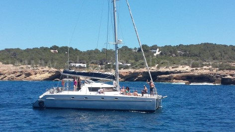 boat hire ibiza sail catamaran