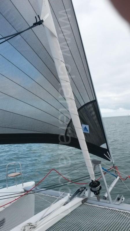 code zero sail catamarn