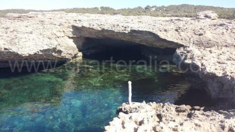 Caves in Calabassa