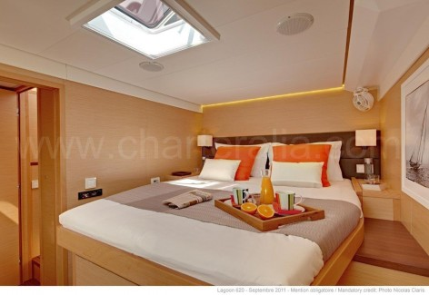 Deluxe suite on board of the Lagoon 620 Ibiza