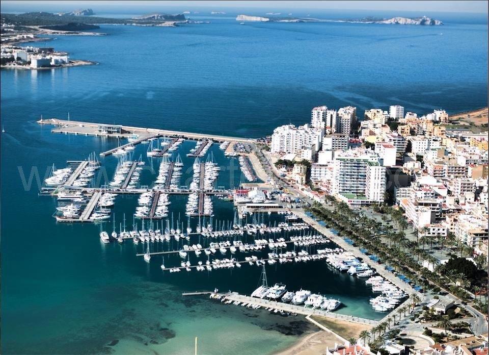 Es Nautic The Yacht Club In San Antonio Ibiza Yacht