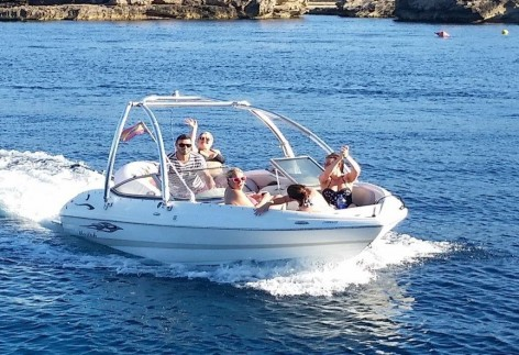 Speed boat rent on Ibiza for day trips