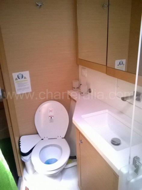 Bathroom on board of the catamaran Lagoon 450