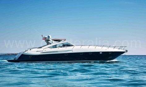 Classical motor yacht for rent in Formentera Alfamarine 60