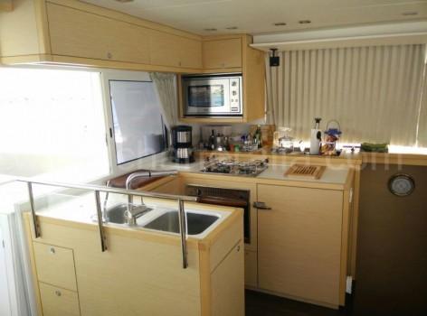 Kitchen on board of the catamaran Lagoon 450