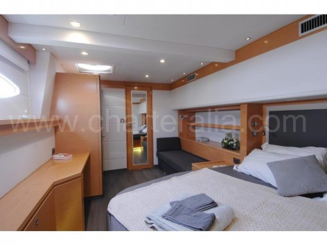 Stateroom on luxury yacht hire Ibiza Victoria 67