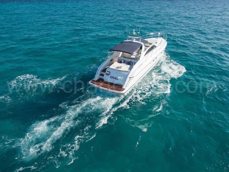 The great motor yacht Princess V55 on its way to Formentera