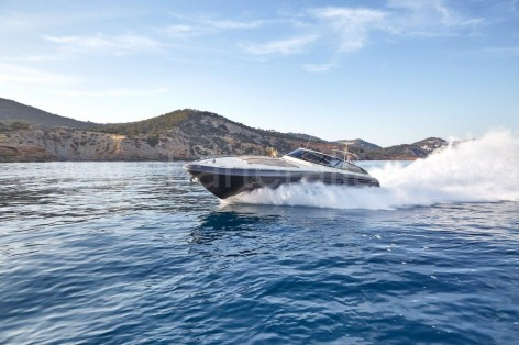 Power yacht rental in Ibiza Baia Aqua 54