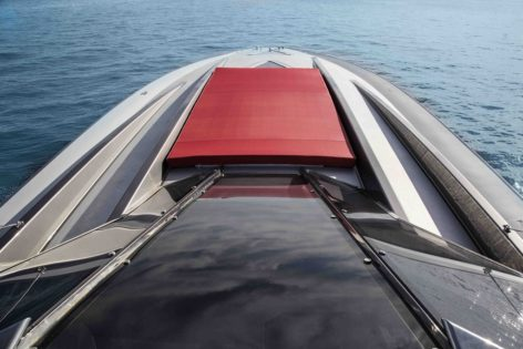 Sunbed of the Stealth 50 yacht for rent