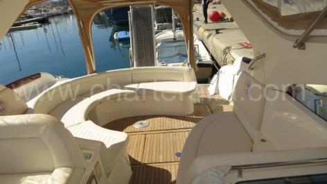 Prestige 34 Jeanneau yacht with skipper for week rentals