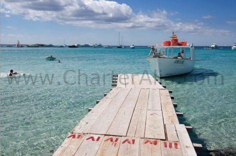 The dinghy dock at Es Minstre