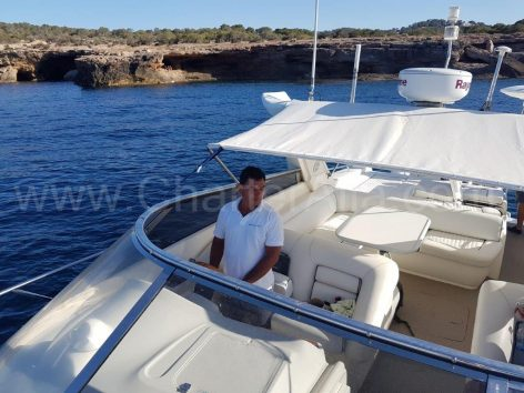 Skippered motor boat for rent in Formentera