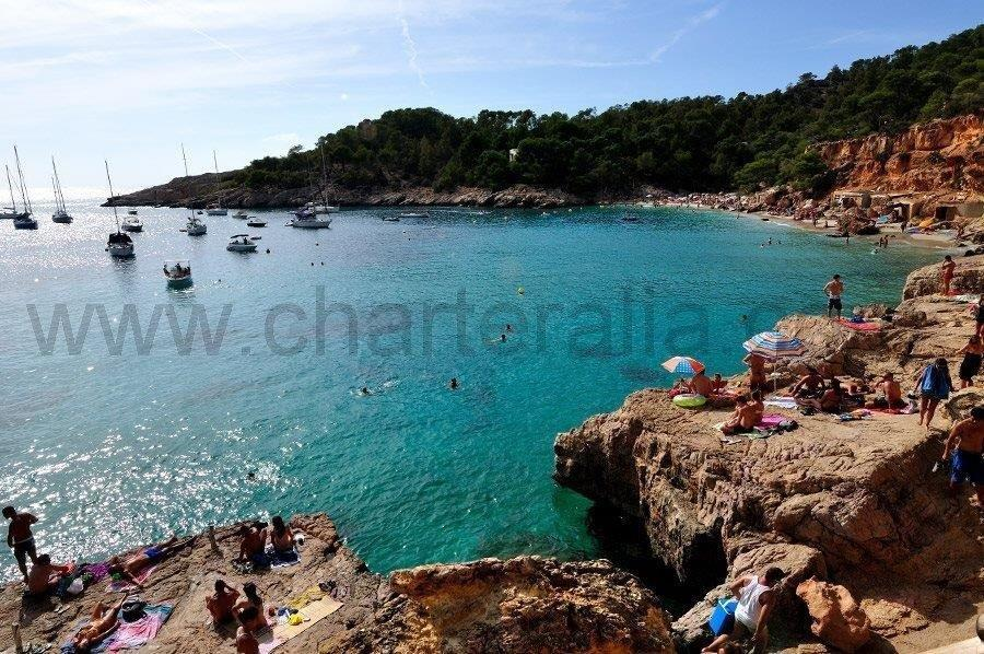cala salada and cala saladeta yacht charter ibiza. Black Bedroom Furniture Sets. Home Design Ideas