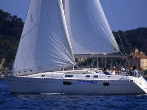 Sailing boat charter in Ibiza Oceanis 351 Clipper