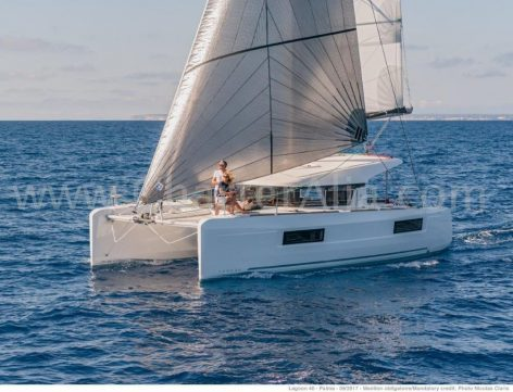 Catamaran Lagoon 40 for rent in the Balearics