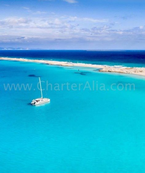 Charter catamaran Lagoon 380 launched in 2019 off the coast of Formentera and Espalmador