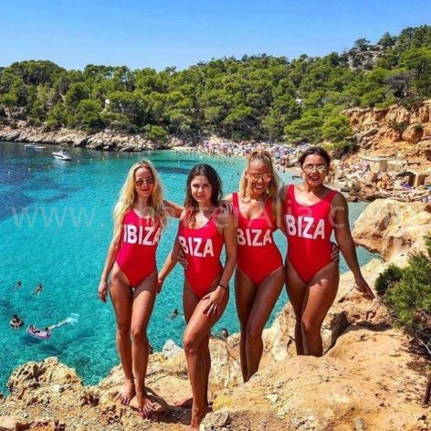 Bachelorette party in Cala Salada San Antonio Ibiza