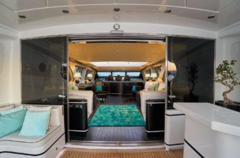 Luxurious lounge in the Mangusta 130 superyacht