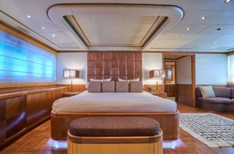 The Mangusta 130 offers an Interior superb suite with king size bed and private bathroom