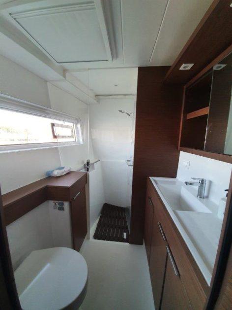 VIP private bathroom Lagoon 40