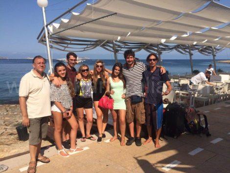 Cafe de la mer avec le capitaine Fede de charteralia des locations de bateaux a Ibiza
