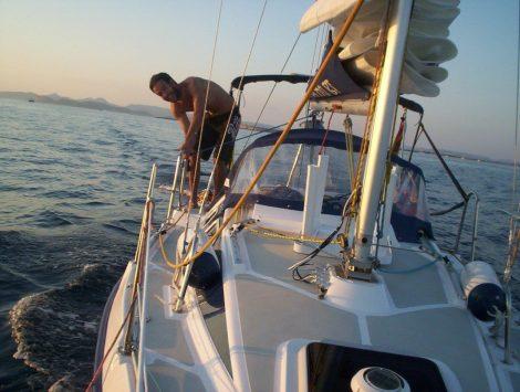 Couverture du voilier a Majorque