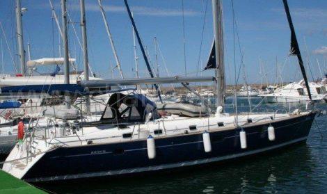 accostage du voilier Beneteau 50 a Ibiza