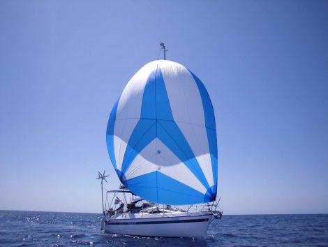 voilier de CharterAlia a ibiza gennaker