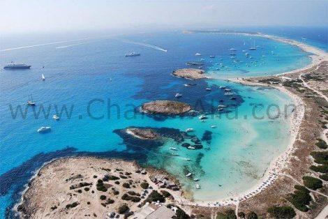 Vue aerienne de la plage des Illetas à Formentera