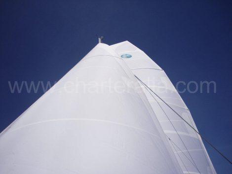 voile du catamaran Lagoon 400