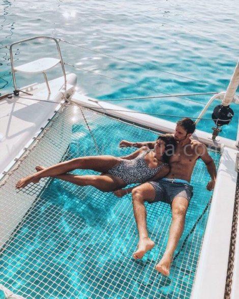 Le Lagoon 380 de 2019 est ideal pour les couples en location privee ou partagee