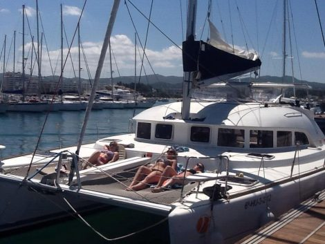 catamaran-port-ibiza