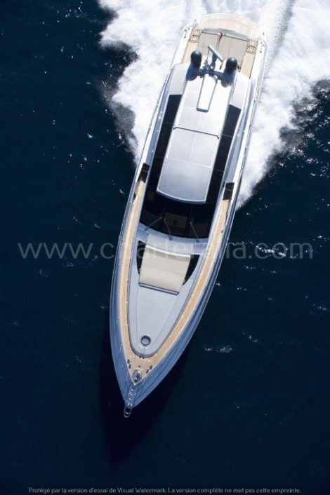Canados 90 vue aerienne du yacht de luxe ibiza formentera