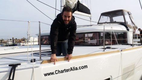 a CharterAlia, nous sommes proprietaires directs de tous nos bateaux Catamaran Lagoon 400 egalement sous contrat avec le proprietaire final