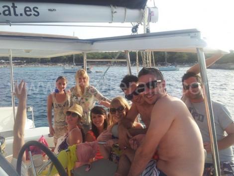 Noleggio barca a vela di fronte a Calabassa Ibiza