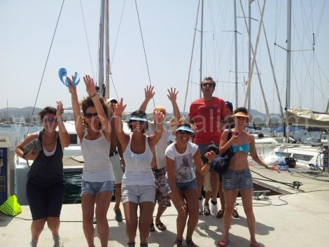 clienti charterAlia arrivo marina San Antonio Ibiza