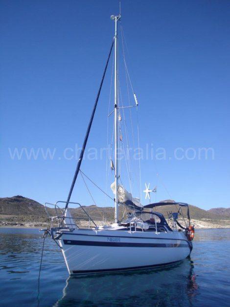TES barca a vela a Ibiza