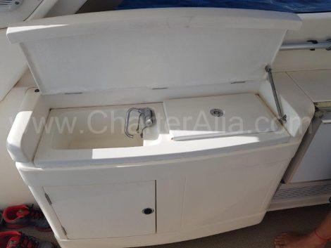 Lavandino esterno barca a motore di lusso Ibiza