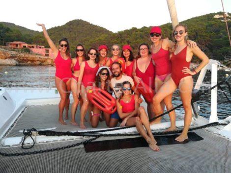Festeggia una ragazza a Ibiza