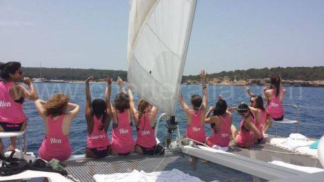 Ragazza di Ibiza fare