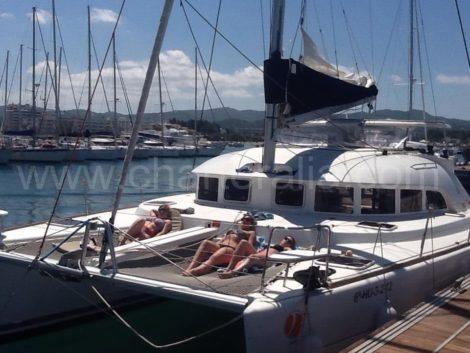 catamarano a san antonio ibiza